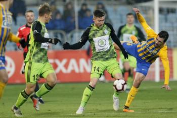 Bitvu o osmou příčku mladoboleslavští fotbalisté těsně v Opavě prohráli 1:2
